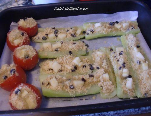 Pomodori e zucchine ripiene al forno