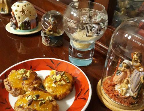 Biscotti con marmellata di arance e pistacchi