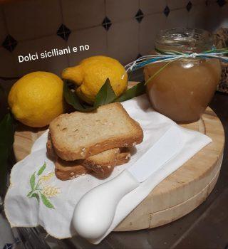 Marmellata di limoni senza buccia