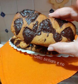 Grossi biscotti con cioccolato fondente